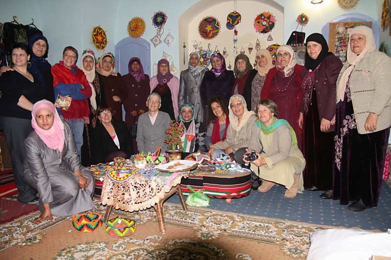 womens cross border meeting, crafts